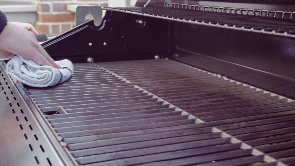 what happens if you don't keep your grill clean