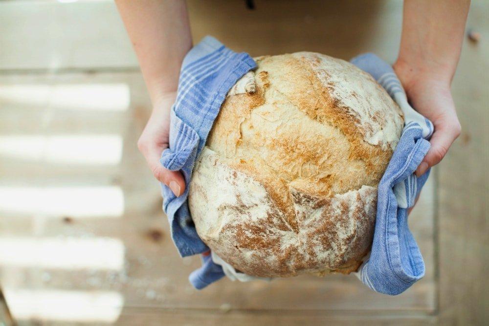 is sourdough better than normal bread