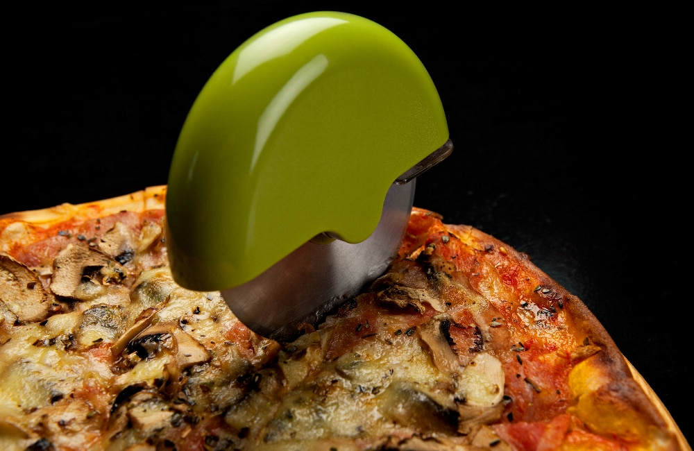 types of pizza cutter